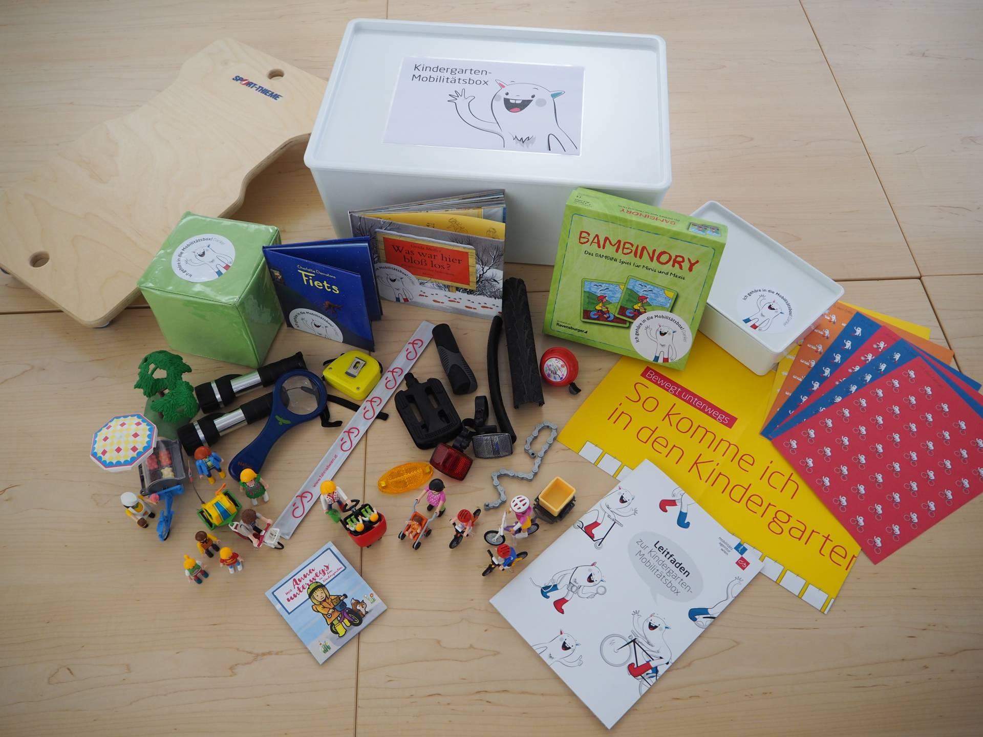 Inhalte der Mobilitätsbox für Kindergarten-Kinder.